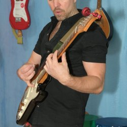 Phinephoto-berlin-business-musikerfoto-gitarre_9530